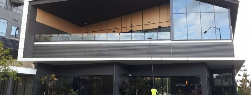 Brisbane Commercial window clean